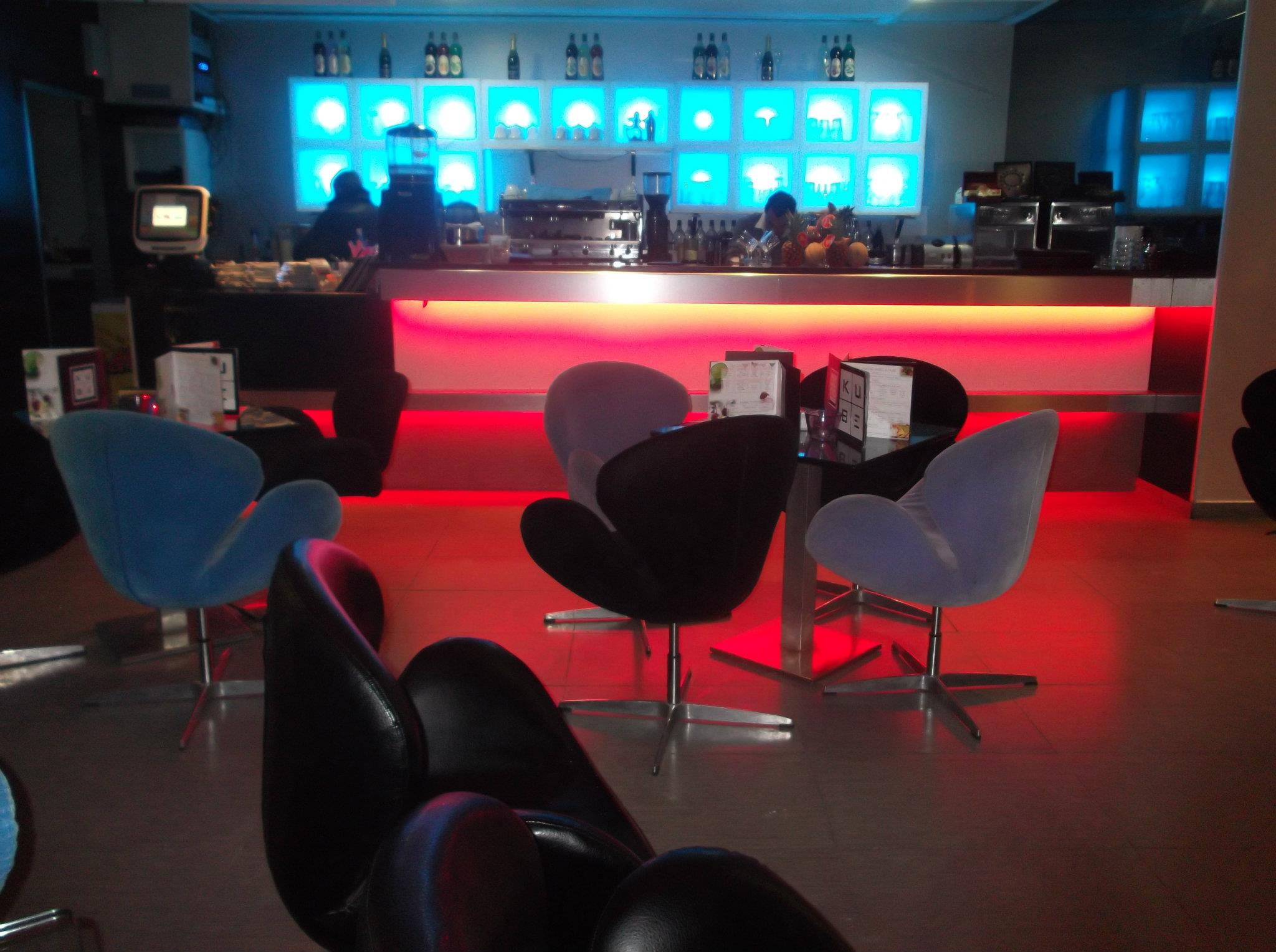 LE KUBE – Lounge Coffee