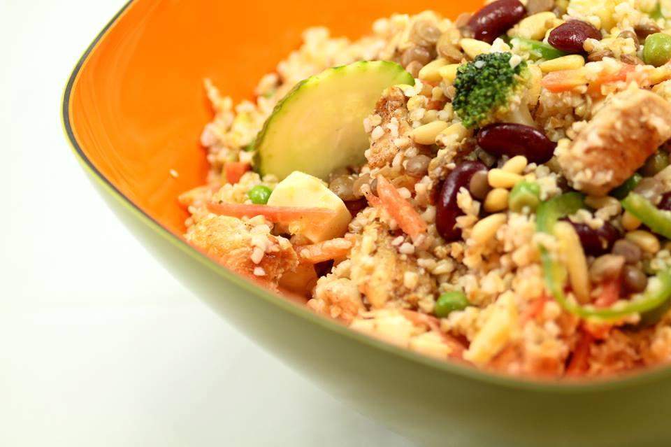 Olive salade bar