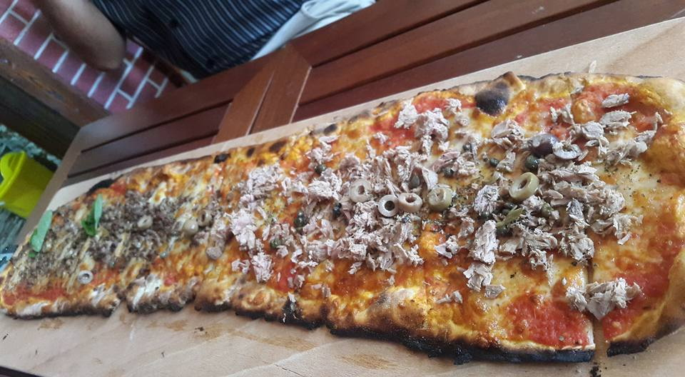 Goomba's Pizza