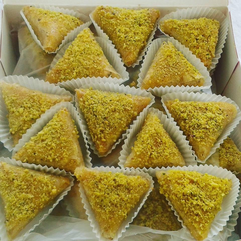 Sweets hand chez Zrir tunisien